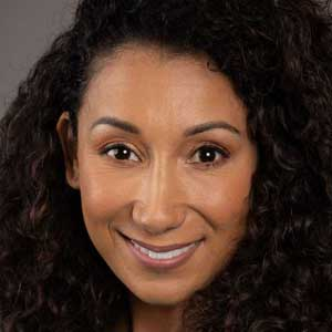Luana Munoz headshot
